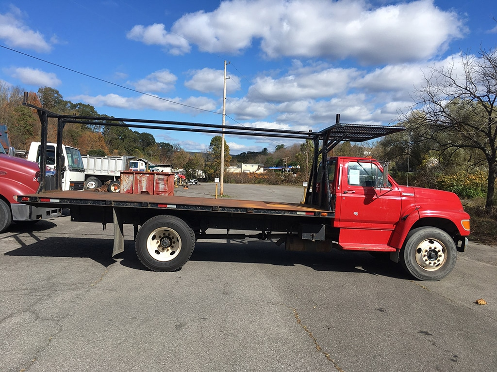 1997 Ford F800 Flatbed